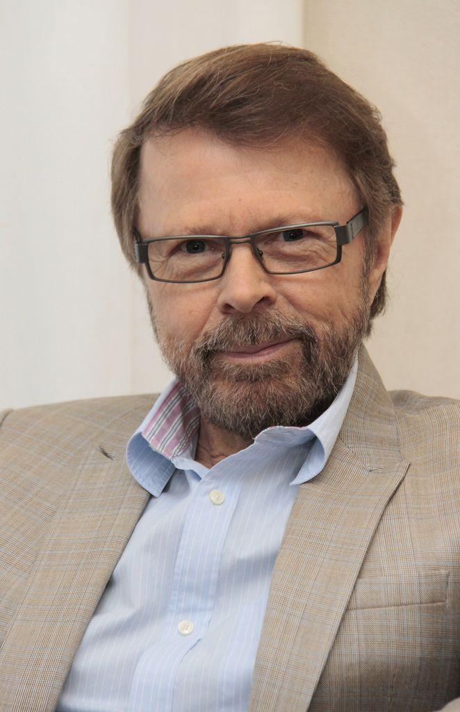 Швед Бьорн Ульвеус, участник легендарной ABBA, уже натерпелся от государства за электронные платежи (много лет его преследовали за неуплату налогов и, якобы, отмывание денег через безналичные махинации; в конце концов оправдали) и всё-таки числится среди агитаторов за будущее без наличности. Активистом он стал после того, как его сына ограбили в третий раз (фото: Vasterviks kommun).