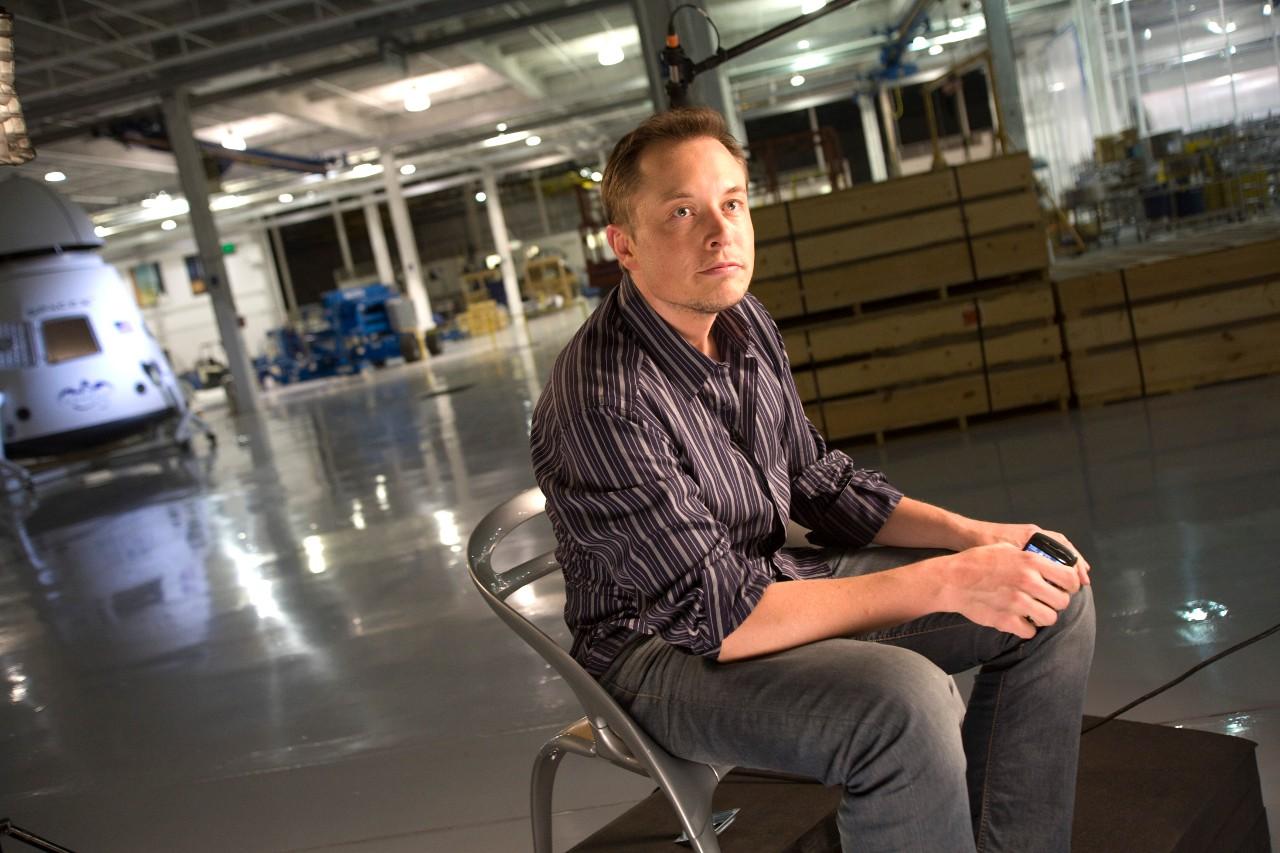 Временами Маск, конечно, перегибает с энтузиазмом. Например, он считает что умереть на Марсе будет круто. Поднимите руку, кто хотел бы такой судьбы?
