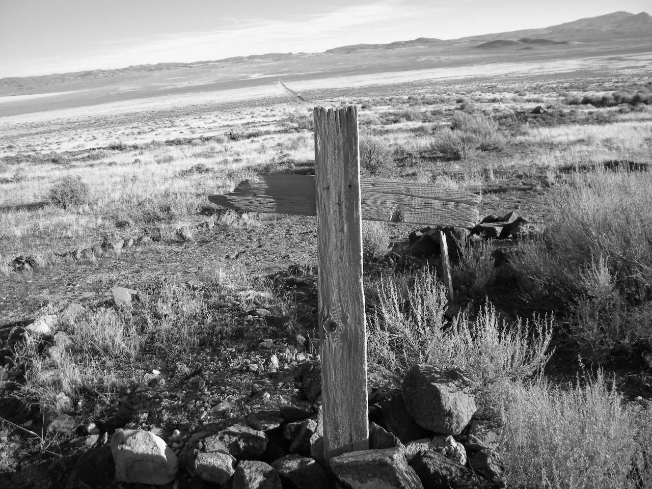 Seven Troughs. Суслики, куропатки, забытое кладбище на месте старых горных выработок (фото: RenoWillie).