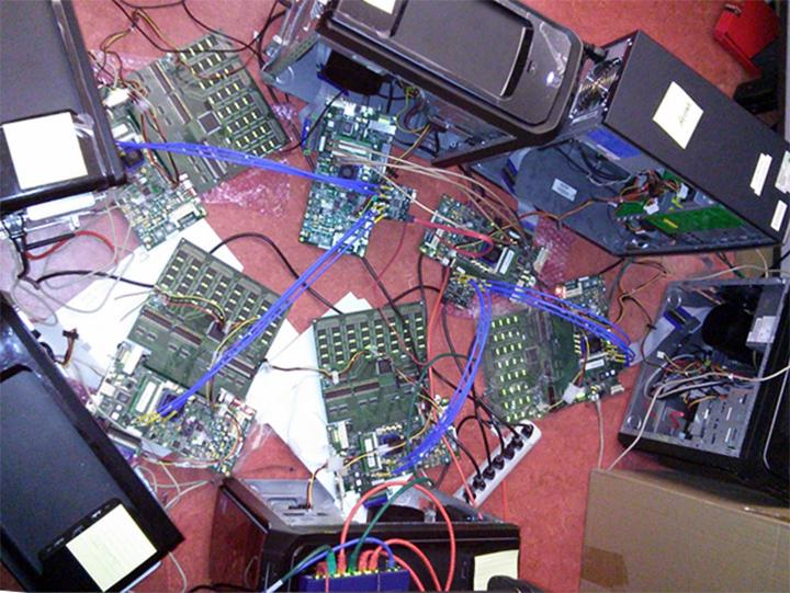 Прототип BlueDMB из шести вычислительных узлов (фото: Sang Woo Jun)