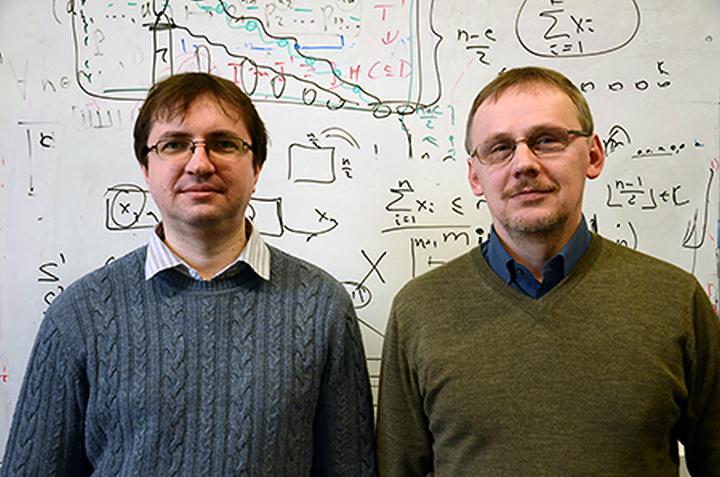 Алексей Лисица и Борис Конев (фото: news.liv.ac.uk)
