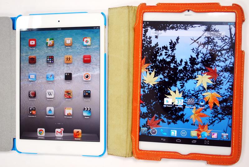 bb-mobile Techno 7.85 3G настолько похож на iPad mini, что чехлы от последнего запросто «натягиваются» на модель bb-mobile (она справа в чехле, предназначенном для продукта Apple)