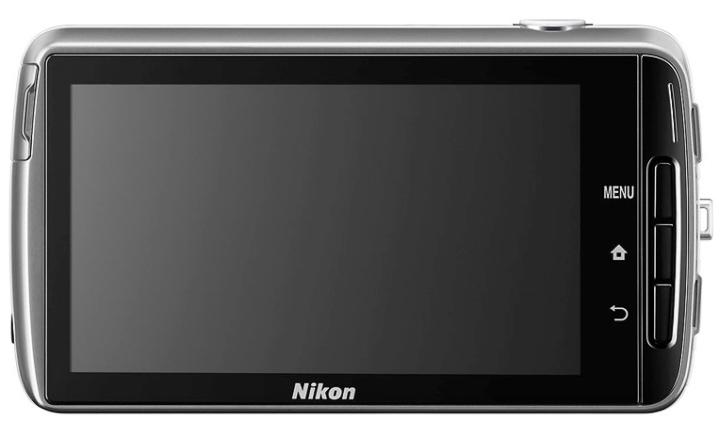 Экран модели Nikon CP S810C занимает практически всю заднюю поверхность (фото: dpreview.com).