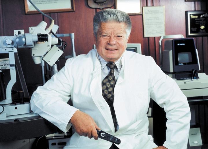 Академик Федоров когда-то успешно внедрял в отечественную медицину индустриальный подход.