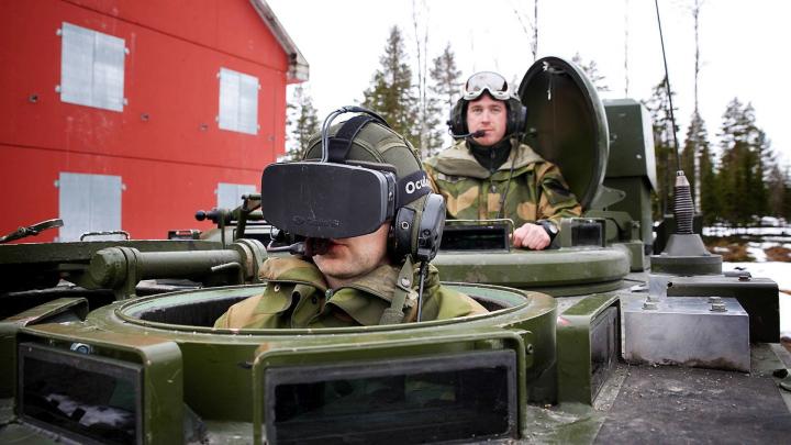 Это уже не игрушки: Oculus Rift тестируют в армии Норвегии (фото: computerbase.de).