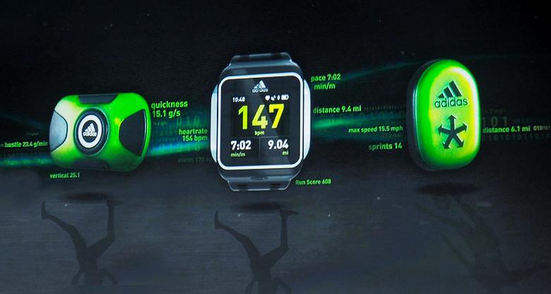 Google может собирать данные при помощи фитнес-гаджетов сторонних производителей (фото: slashgear.com).