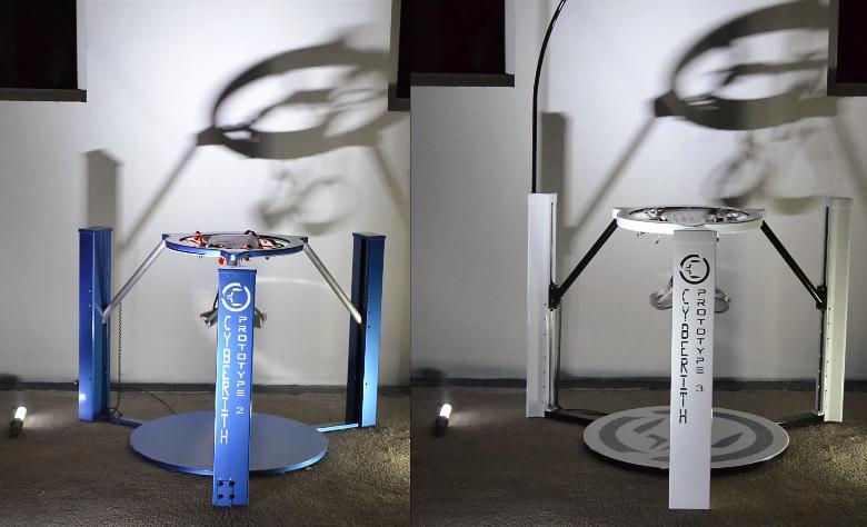 Второй и третий прототип Cyberith Virtuzliver (фото: Cyberith).