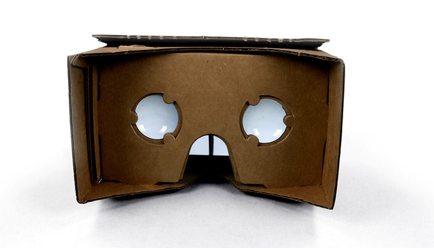 Сделай сам! Хороший смартфон плюс свободный софт плюс умелые руки — и ваши собственные VR-очки готовы!