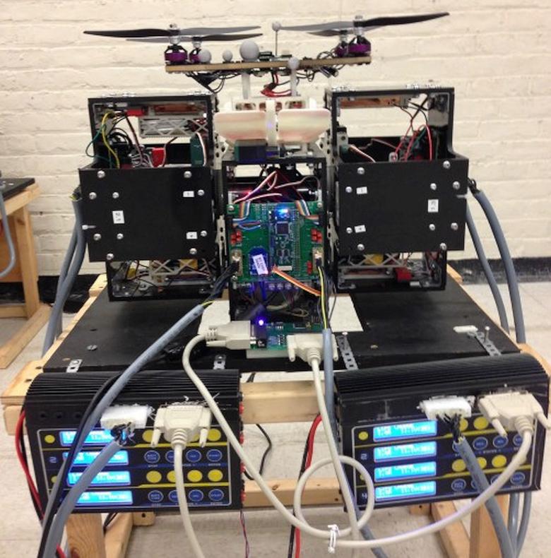Система управления дронами (фото: MIT).