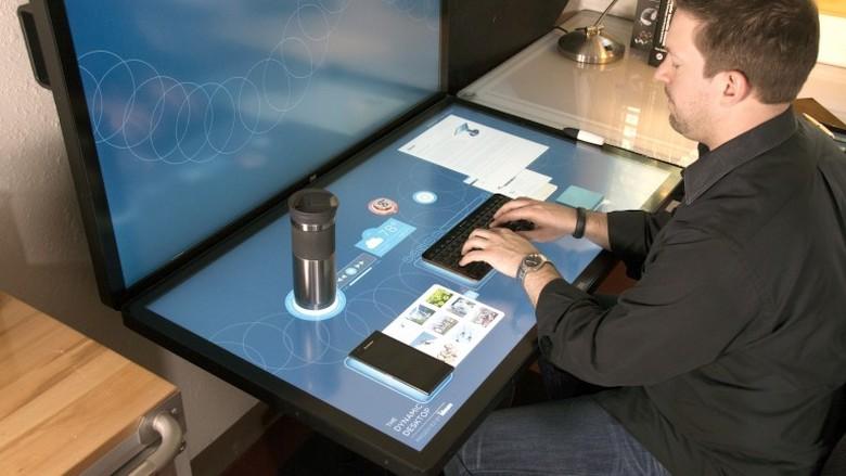 На рабочем столе Ideum удобно пользоваться как физической, так и экранной клавиатурой (фото: ideum.com).