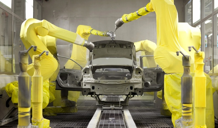 720p-vw-paint-shop-robots
