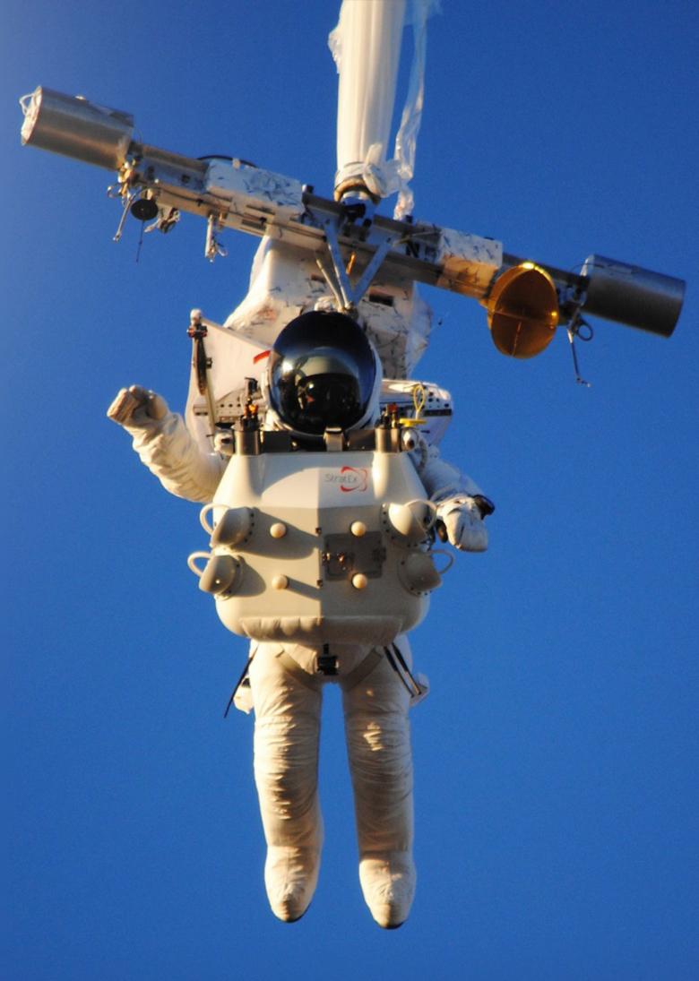 Подъём Алана Юстаса (фото: scmp.com).