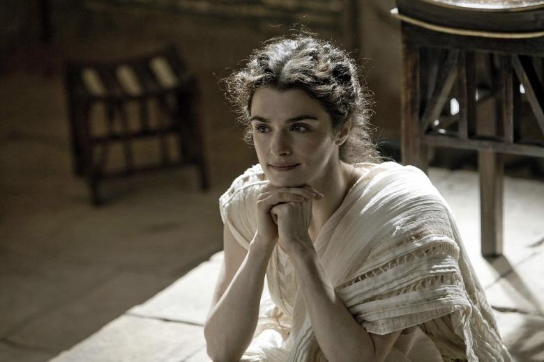 Рейчел Вайс в роли Гипатии Александрийской в исторической драме «Агора».