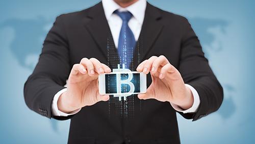 Компания Coinbase стала первым «лицензированным» обменным пунктом в США, принимающим биткойны.