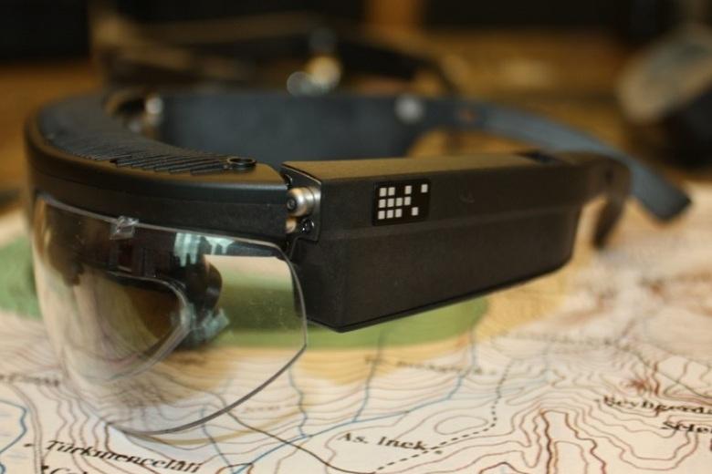 Те же очки, вид сбоку (фото: popist.com).