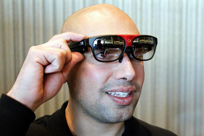 Очки дополненной реальности ODG (фото: mashable.com).