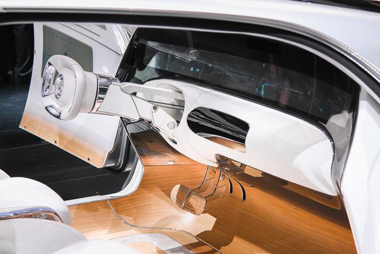 Беспилотные автомобили по версии Mercedes-Benz