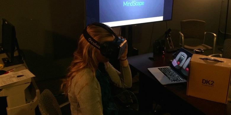 Очки виртуальной реальности дают возможность почувствовать себя шизофреником