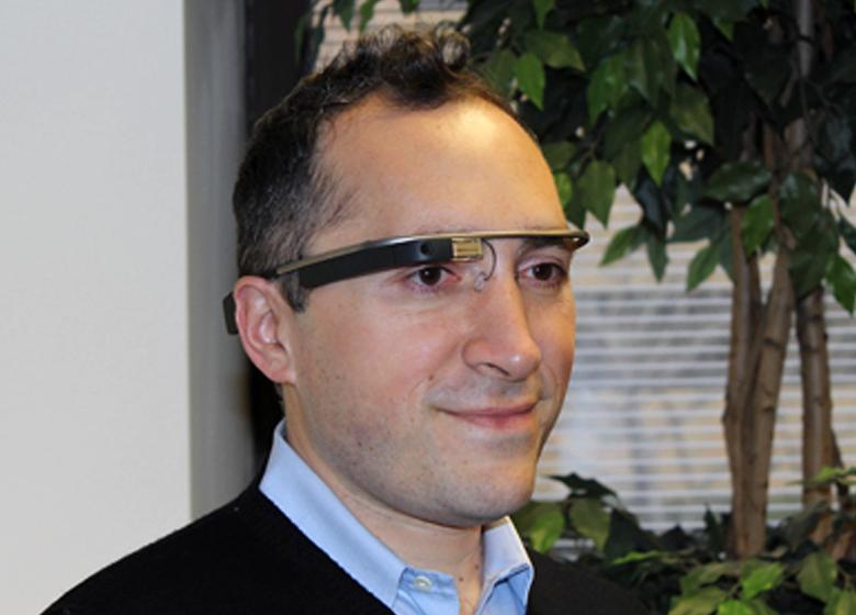 Бабак Парвиз - один из разработчиков Google Glass, покинувших проект (фото: eecs.umich.edu).