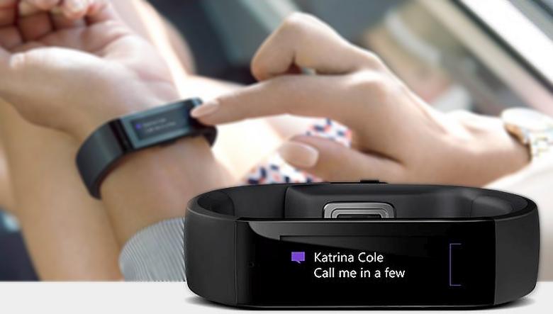 Уведомления на Microsoft Band (фото: microsoft.com).