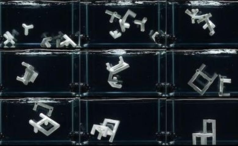 Ученые MIT продемонстрировали самособирающийся стул
