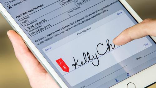 В Adobe Photoshop СС появились два новых мобильных приложения: Acrobat Mobile и Fill and Sign.
