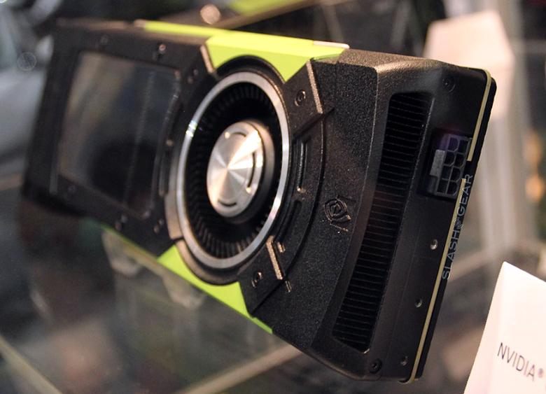 Профессиональная видеокарта Nvidia Quadro M6000 (фото: slashgear.com).