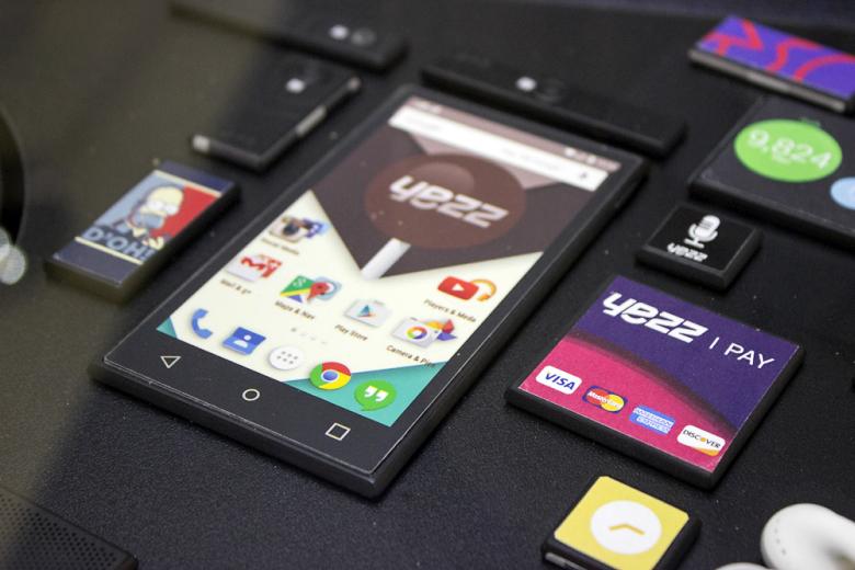 Прототипы YEZZ для Google Project Ara (фото: digitaltrends.com).