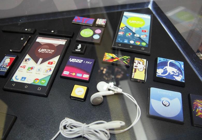 Рабочие прототипы и макеты модулей YEZZ для Google Ara (фото: pcmag.com).