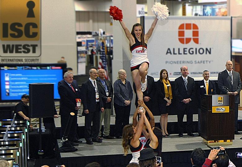 Шоу на выставке ISC West 2015 (фото: iscwest.com).