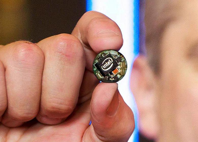 Intel Curie - микрокомпьютер размером с пуговицу (фото: tecnopasion.com).