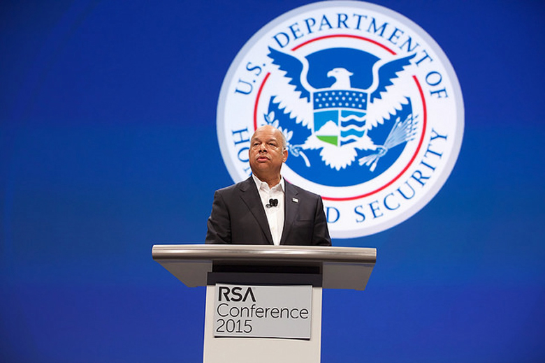 Секретарь Министерства внутренней безопасности США Джех Джонсон на RSA 2015 (фото: rsaconference.com).