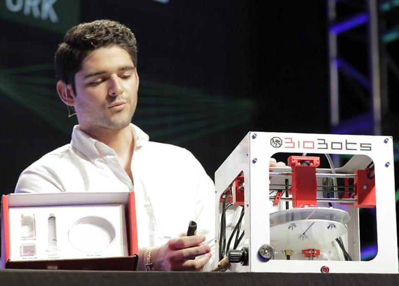 3D-принтер BioBots на нью-йоркской конференции (фото: techcrunch.com).