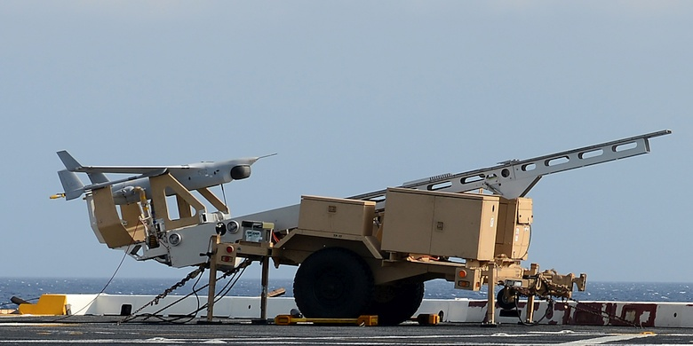 Первое испытание RQ-21  (фото: alert5.com).