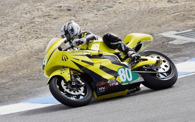 Самый быстрый в мире электромотоцикл -  Lightning Motorcycles SuperBike (фото: Richard Hatfield).