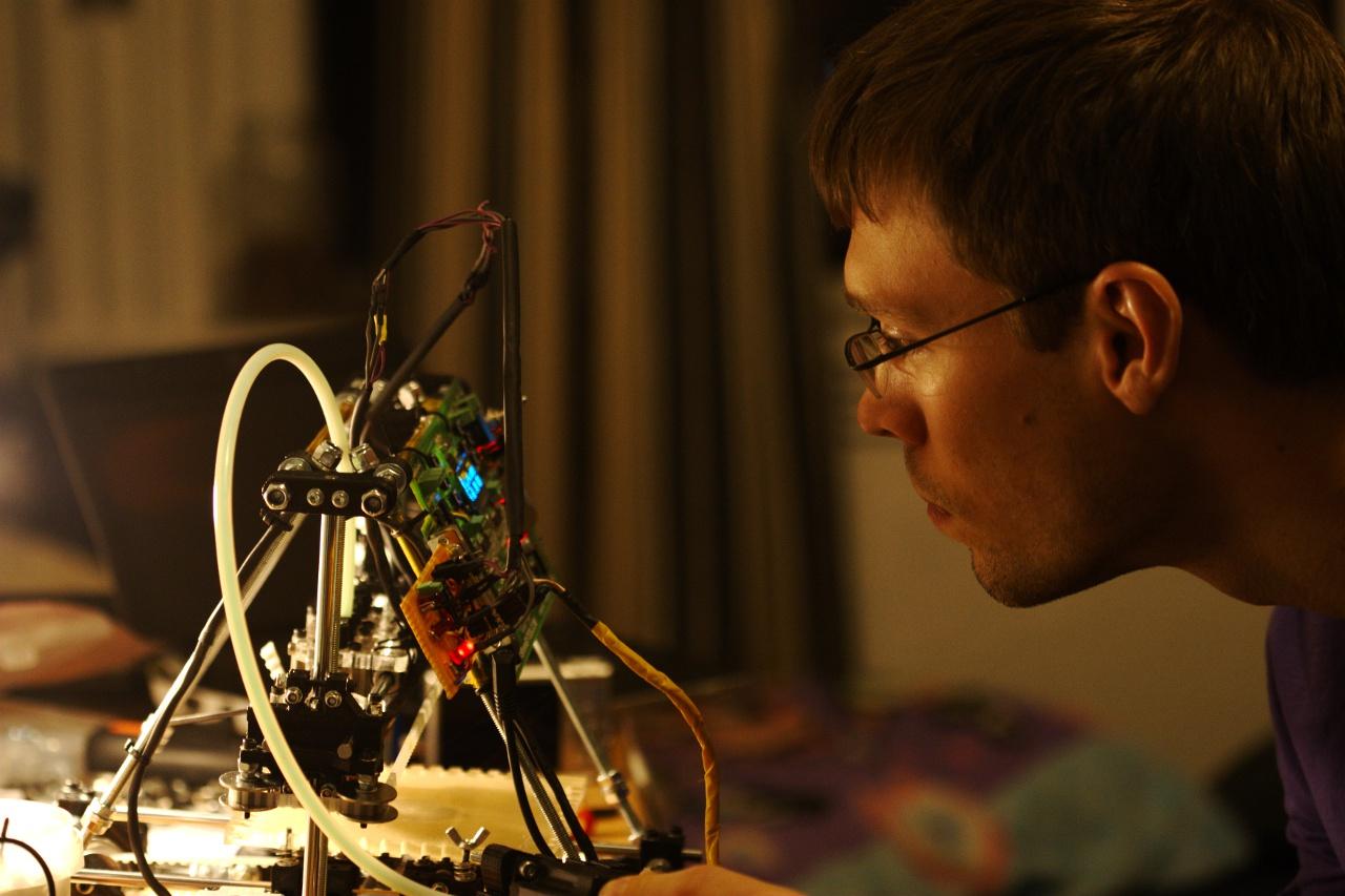 Оценить, насколько классическая печать вышла из моды, можно и таким образом: по слову «printer» в поисковой выдаче Google — сплошные 3D...