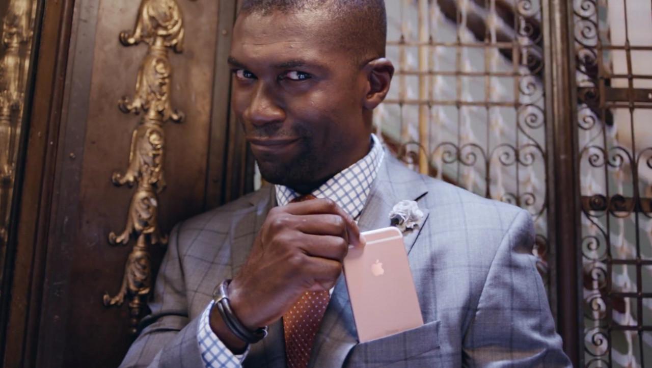 На этот раз Apple превзошла саму себя, продемонстрировав целую серию решений, давно уже реализованных конкурентами. Впрочем, розовый «Айфон» всё равно только у неё.
