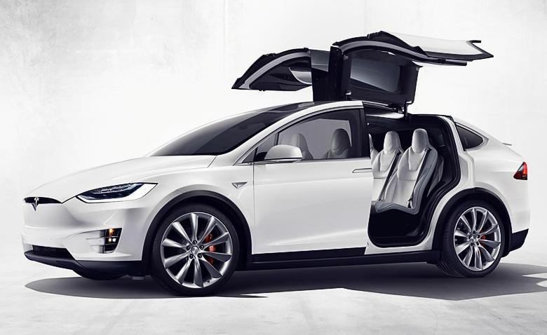 Tesla-X - с крыльями, но (пока) не летает.