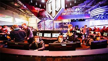 Десятая международная выставка «Игромир», посвященная современным видеоиграм, начала работу в Москве.