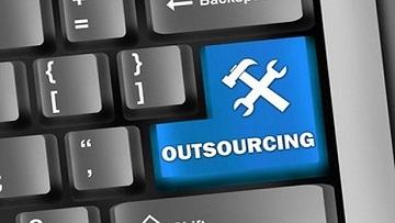 Для концентрации на основной деятельности российские компании все чаще используют аутсорсинг.