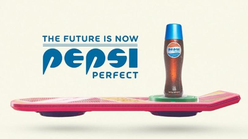 """Pepsi выпустит газировку в бутылке из фильма """"Назад в будущее-2"""""""