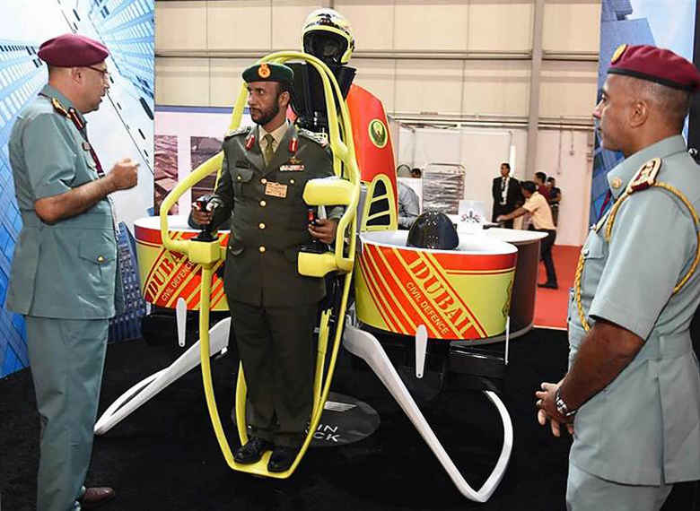Martin Jetpack P12 на авиашоу в Дубае (фото: gizmag.com).