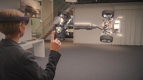 Volvo и Microsoft предлагают использовать смешанную реальность для демонстрации инновационных решений в автомобилях.