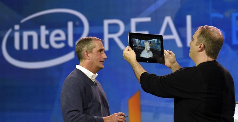 3D-сканирование планшетом с Intel RealSense (фото: intel.ru).