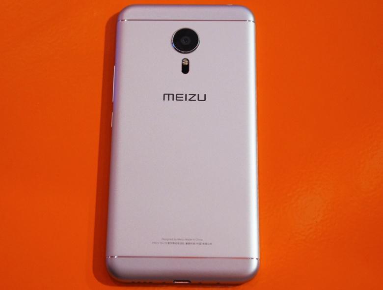Meizu Pro 5 Ubuntu Edition (фото: TheVerge / Vlad Savov).