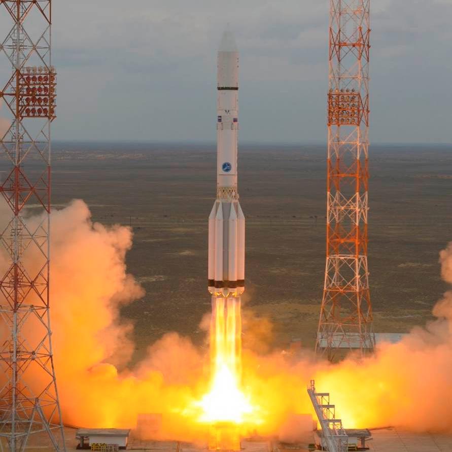 """Запуск РН """"Протон-М"""" с зондом """"ЭкзоМарс-2016"""" (фото: ESA/Stephane Corvaja)."""