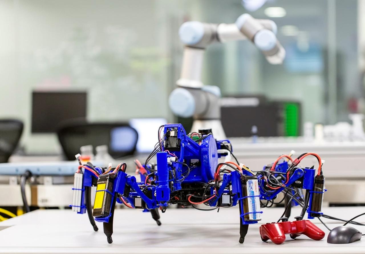 Роботы SiSpis могут действовать автономно или управляться дистанционно (фото: Siemens).