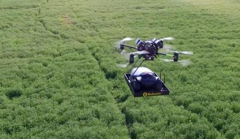 Правильный первопарельский розыгрыш: доставка робокосилок дронами