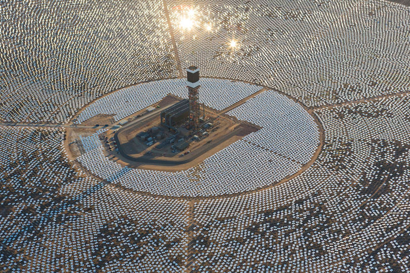 Пожар на крупнейшей термальной солнечной электростанции США