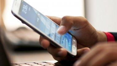 Названы цены на смартфоны Xiaomi в России.